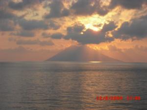 The Sun above the Stromboli volcano
